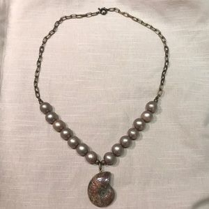 Jewelry - Fossil + Pearl necklace